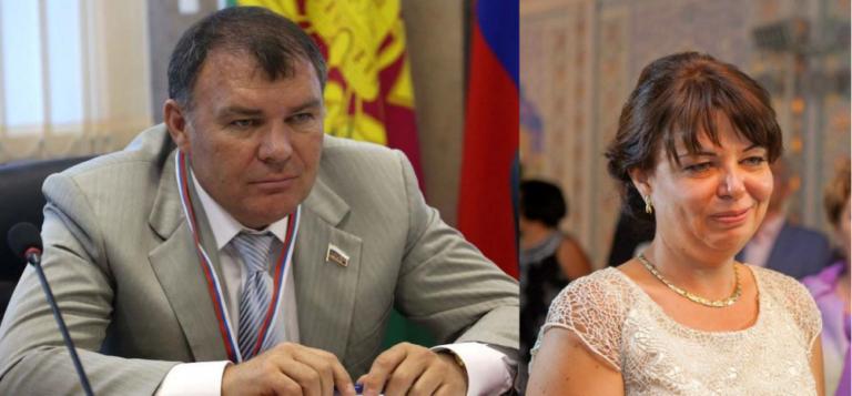 Депутат А. Ремезков и его сестра Ж. Арефьева