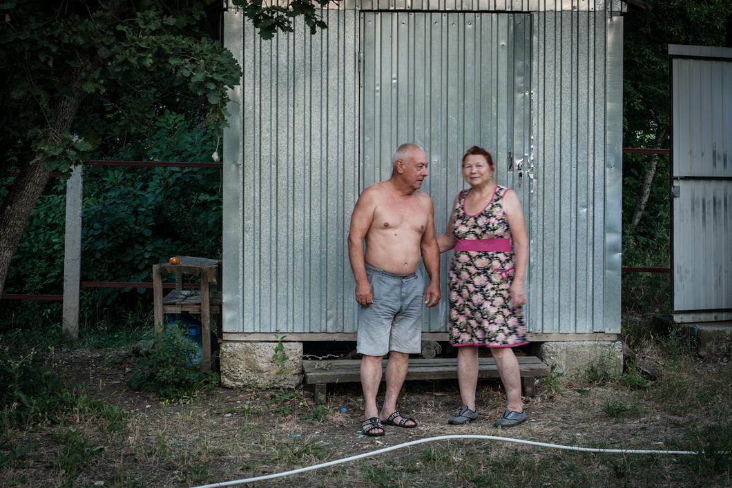 Как и Пономаревы, супруги Живаго перебрались в «Пушкинский дол» издалека — приехали из Северодвинска, продав жилье. Фото: Алиса Кустикова / «Новая газета»
